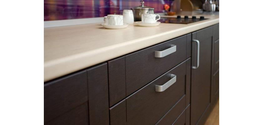 Преимущества ламинированных кухонных столешниц