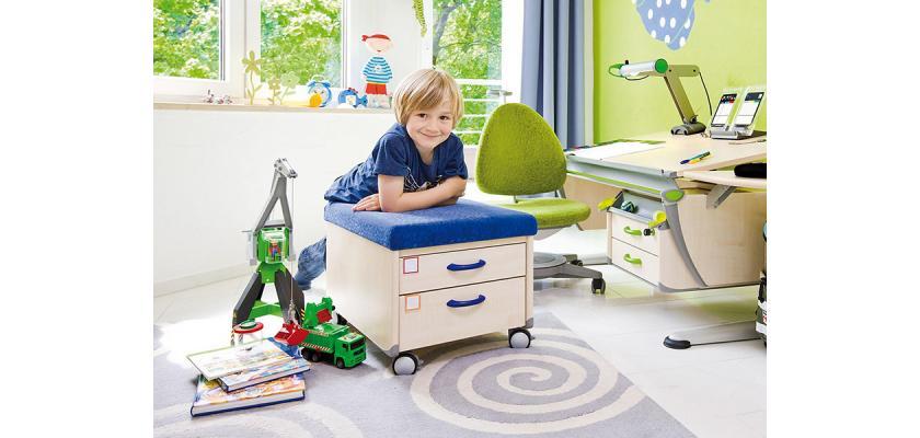 Выбираем детский стул
